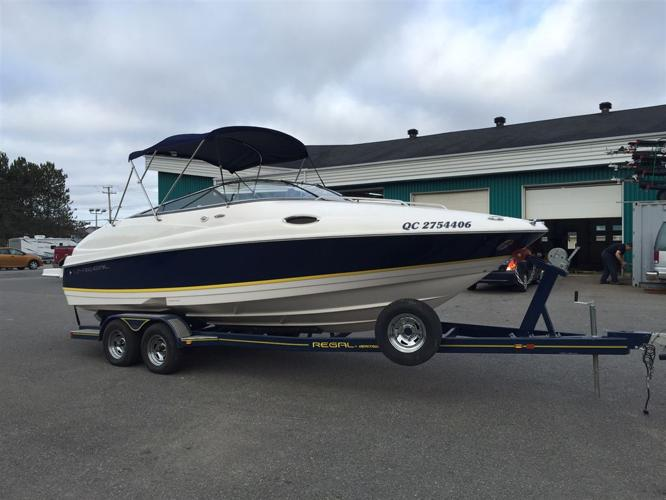 2009 Regal Marine 2450, $39,900 - St-George De Champlain