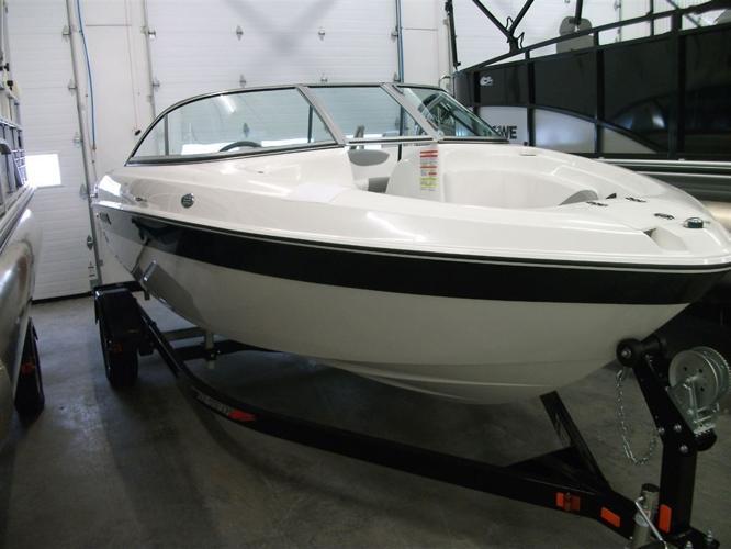 2014 Reinell Boats bateau 197 - Disraéli