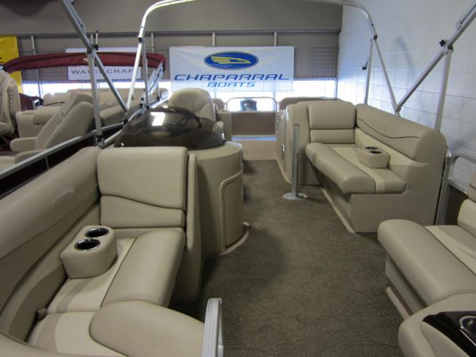2011 - Bennington Boats - 2275 GCW in Calgary, AB
