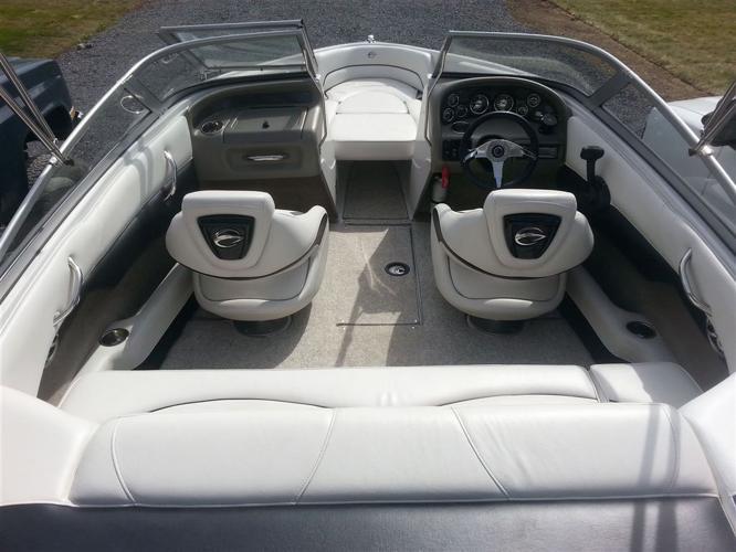 2011 Crownline 185 SS, $23,000 - MONT-SAINT-GRÉGOIRE