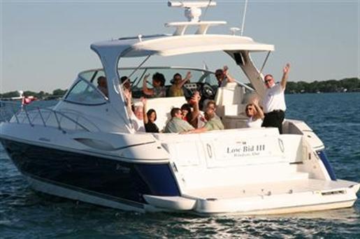 2005 Cruisers 440 Express