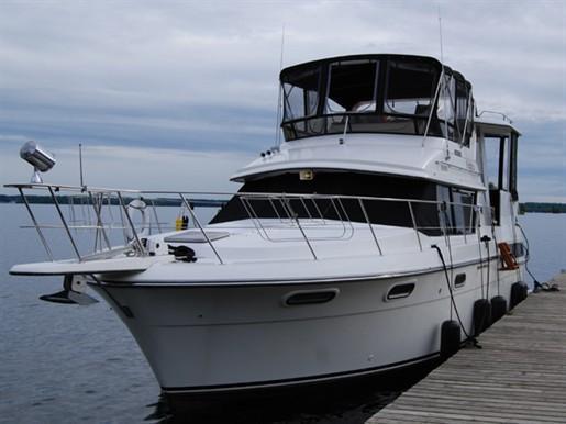 1988 Carver 3807 Aft Cabin Motor Yacht