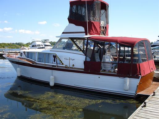 1961 Chris Craft Constellation Express