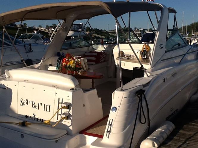 2006 Rinker Boat Co cruiser, $95,000 - REPENTIGNY