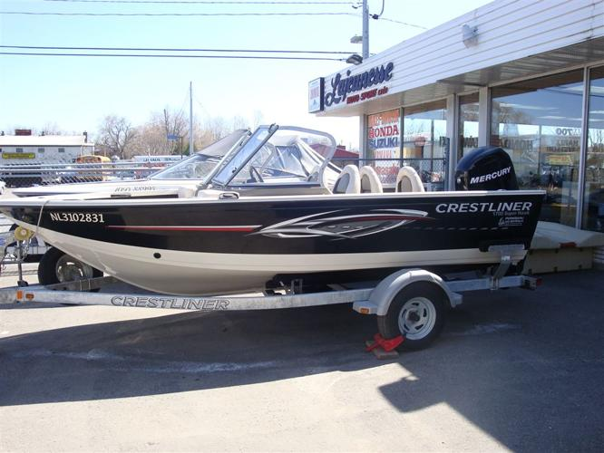 2011 Crestliner Inc SUPER HAWK 1700 bateau de pêche 17' PLUSIEURS OPTIONS - Laval