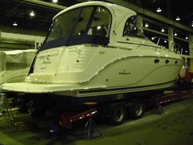 2007 Rinker Boat Co 390 ec express cruser, $168,000 - LASALLE