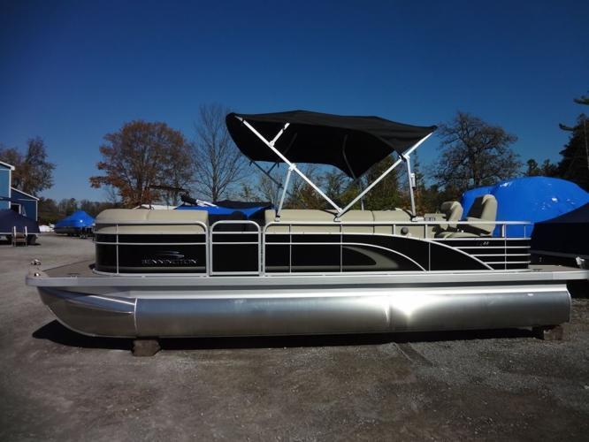 2015 Bennington Marine 2250 GBR - Norwood