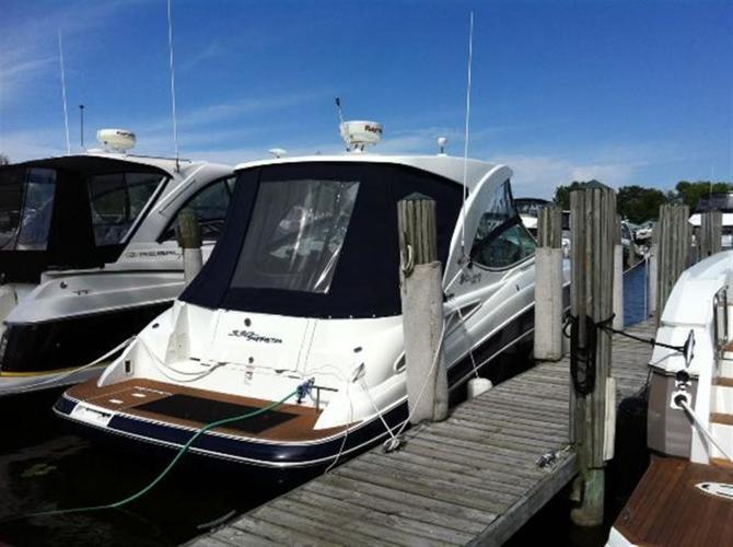 2011 Cruisers Yachts 330 Hardtop Express, $219,000