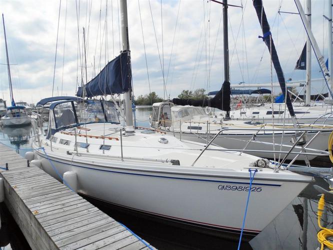1985 Catalina 36' Tall Rig, $65,000 - ETOBICOKE