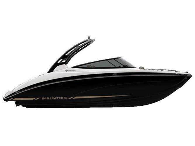 2015 Yamaha 242 Limited S - Innisfil