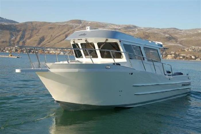 2013 KingFisher 3325 Destination w/ Twin Verado & 15 EXLPT, $377,043