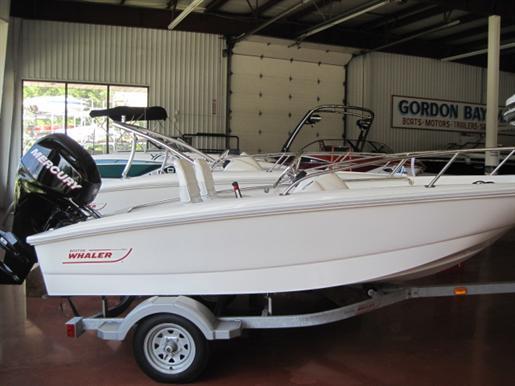 2011 Boston Whaler 130