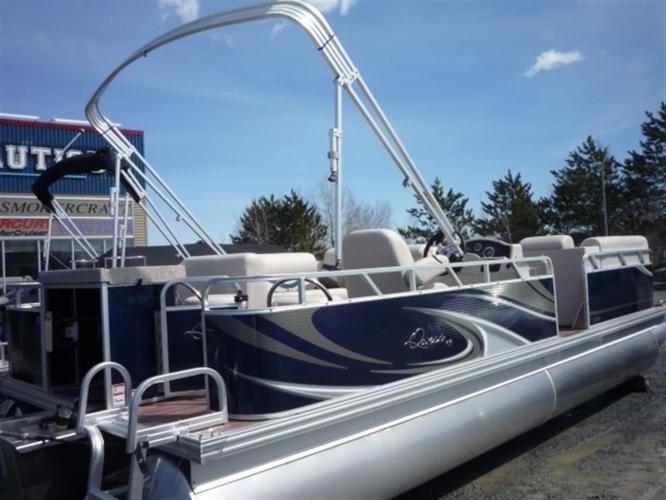 2014 Apex Marine Qwest LS 822 XRE Cruise - St-Denis de Brompton